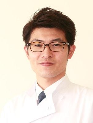 〈副院長〉鈴木 隆二(医学博士)/常勤勤務
